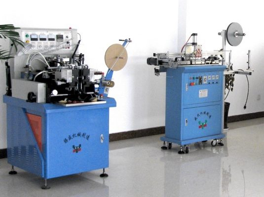 YS-1088 and YS-3000 can make 4-side label folding